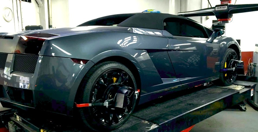 Hunter 4 Wheel Alignment on Lamborghini at Precision Auto Works of Long Island City, NYC 11101